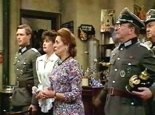 The  'ALLO 'ALLO!  Gallery on YCDTOTV.de    Path: www.YCDTOTV.de/allo_img/k4_551.jpg
