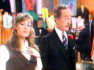 The Are You Being Served Gallery on YCDTOTV.de   Path: www.YCDTOTV.de/aybs_img/d1_264.jpg